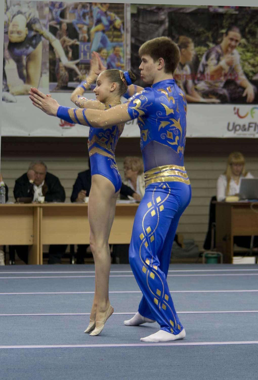 Порно школьніци гімнасткі фото 423-406